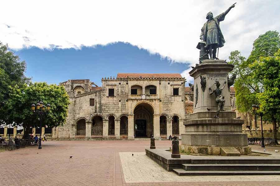 English Speaking Santo Domingo Tour