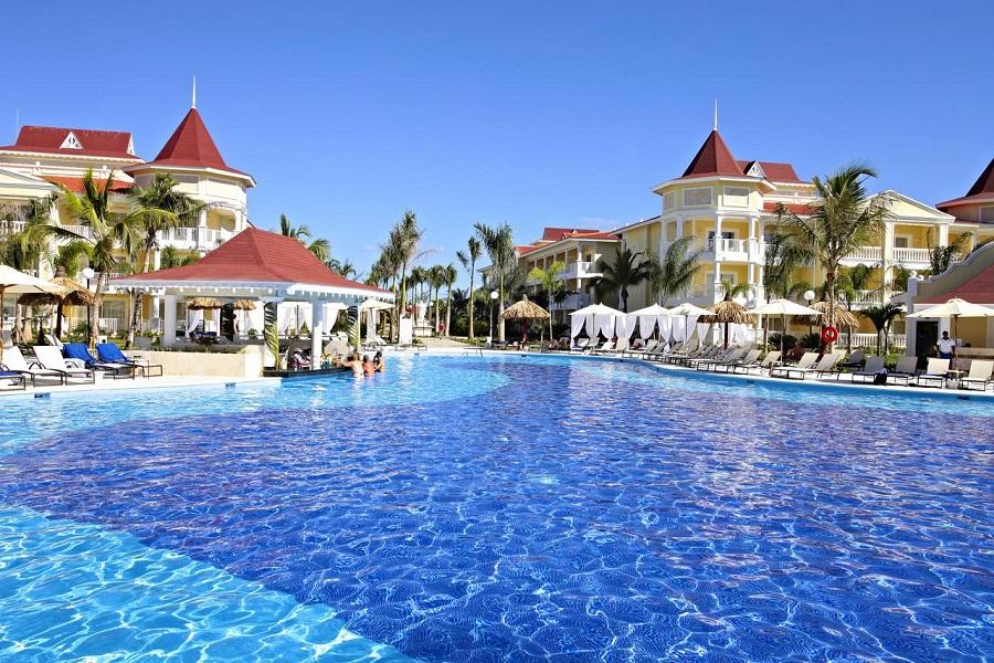 Santo Domingo Airport to Bahia Principe Luxury Bouganville