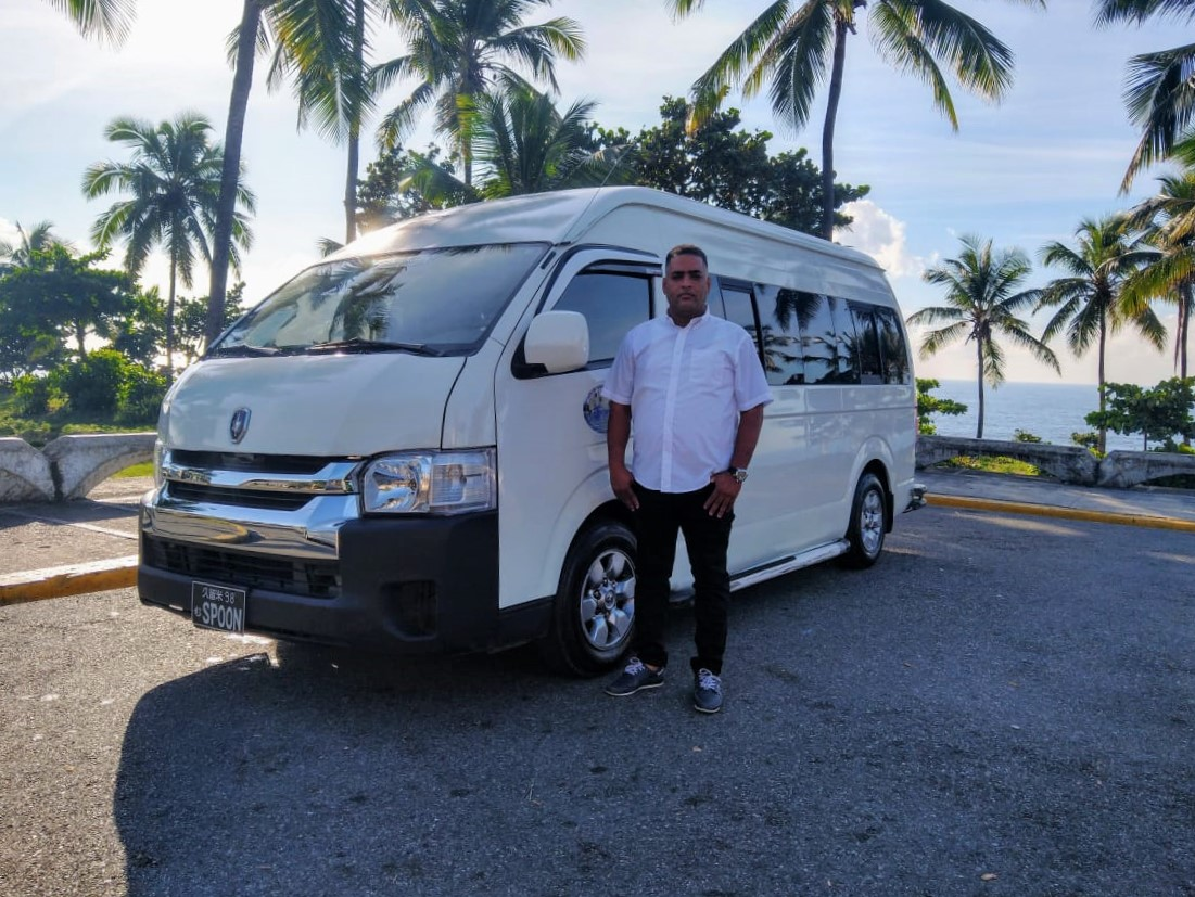 Santo Domingo Taxi Driver Ferneli